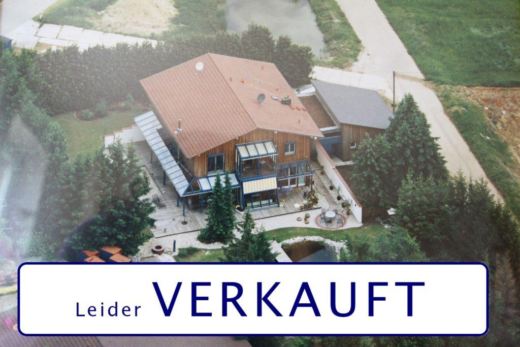 Anwesen nähe Landshut in Alleinlage: Ein Traum für Pferde- und Naturliebhaber.