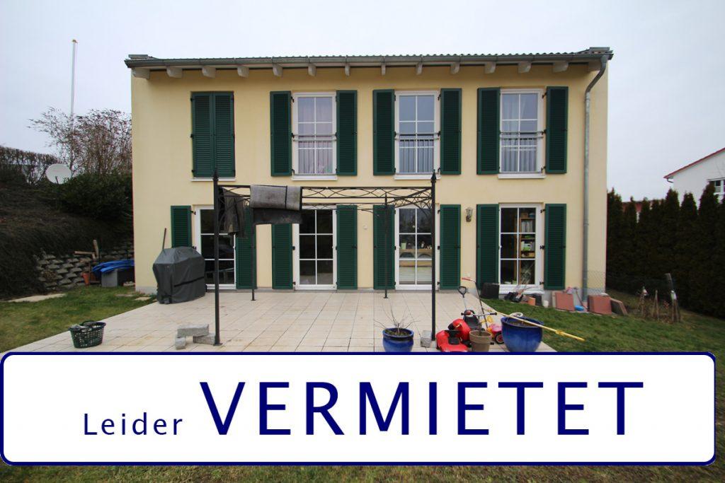 zur Miete: Charmantes Einfamilienhaus im Toscanastil - Landshut/Moniberg