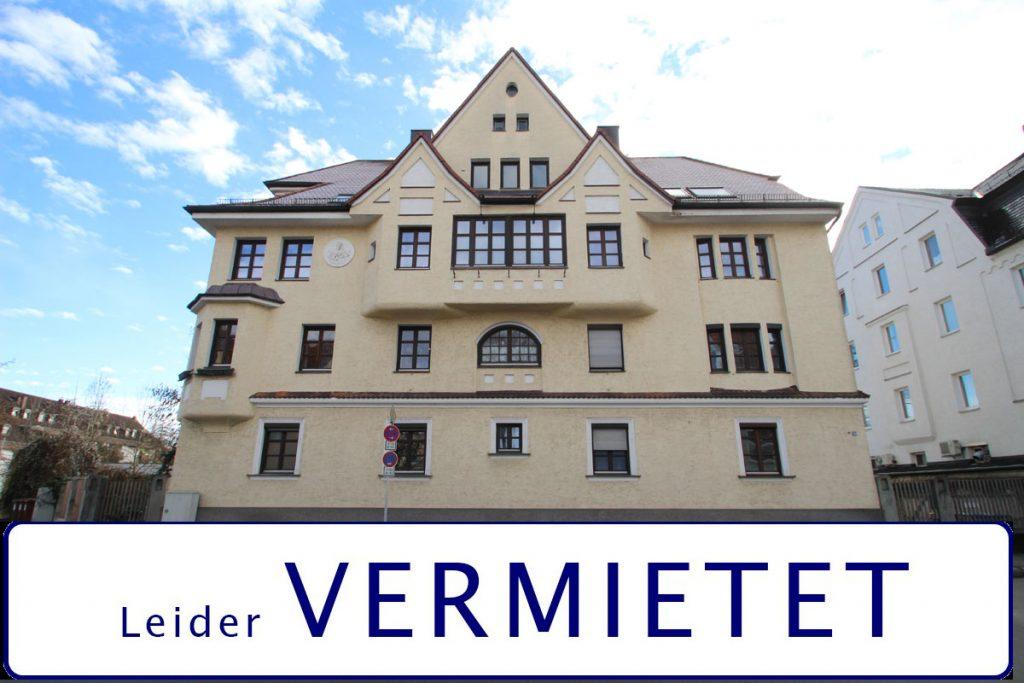 Sanierte Altbauwohnung mit 75 m² Wohnfläche